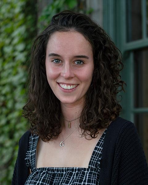 Fiona Quinn portrait